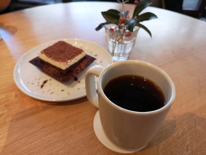 whiteglass19 Shibuya-澀谷White Glass Coffee 有著綠意庭園咖啡館悠閒舒適