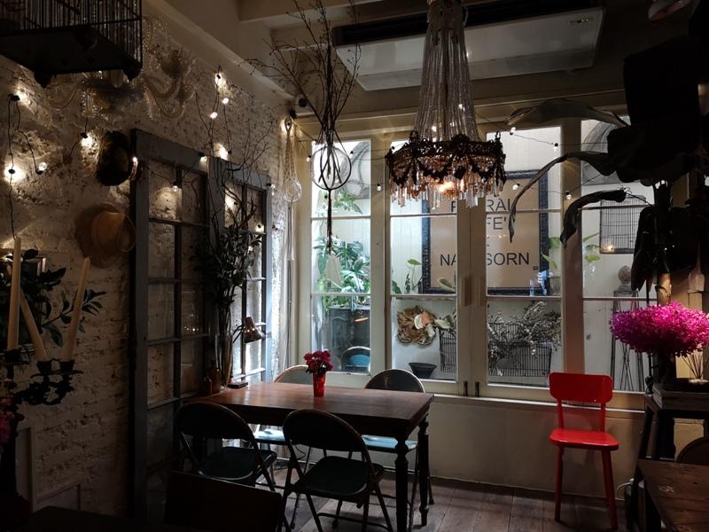 floralcafebkk170126 Bangkok-Floral Cafe at Napasorn曼谷花市旁滿滿花香古物的咖啡館