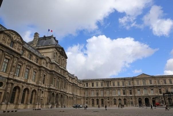 IMG_4457 Paris-巴黎羅浮宮Musee du Louvre 三寶還有勝利女神跟斷臂維納斯