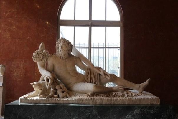 IMG_4480 Paris-巴黎羅浮宮Musee du Louvre 三寶還有勝利女神跟斷臂維納斯