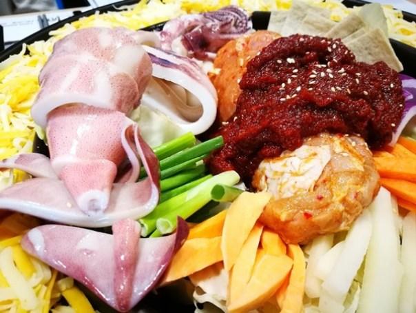 Omaya14 頭份-OMAYA春川炒雞 韓式醬料怎麼搭都好吃 果真大人氣