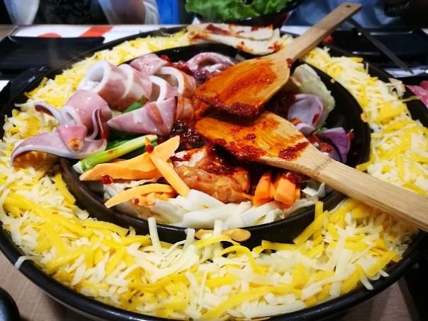 Omaya16 頭份-OMAYA春川炒雞 韓式醬料怎麼搭都好吃 果真大人氣