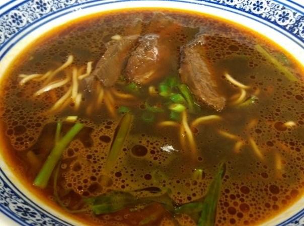 beefnoodles07 新竹-段純貞牛肉麵 牛肉軟硬適中多汁帶Q彈