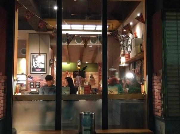 demmark05 中壢-丹馬克咖啡 溫暖空間少數開到半夜的咖啡廳
