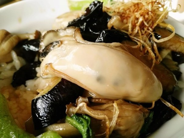 kaki18 Matsushima-たいかん亭 搭船遊松島前來一份牡蠣大餐 牡蠣也太大顆飽滿!