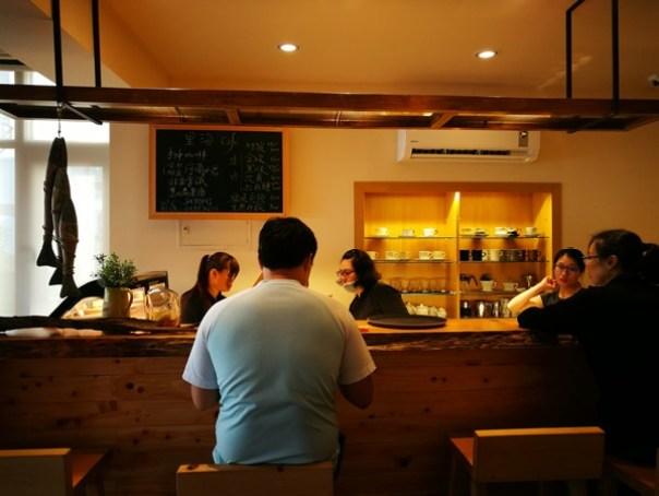 lihaicafe06 礁溪-里海咖啡 原來這裡紅的不是咖啡是鮮魚料理啊!!
