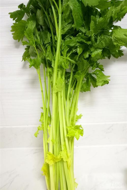 水芹菜和芹菜的區別_綜合知識_食品常識_食品科技網