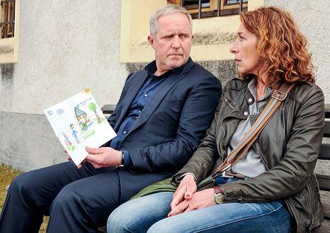 Tatort Paradies Kritik Zum Film Tittelbachtv
