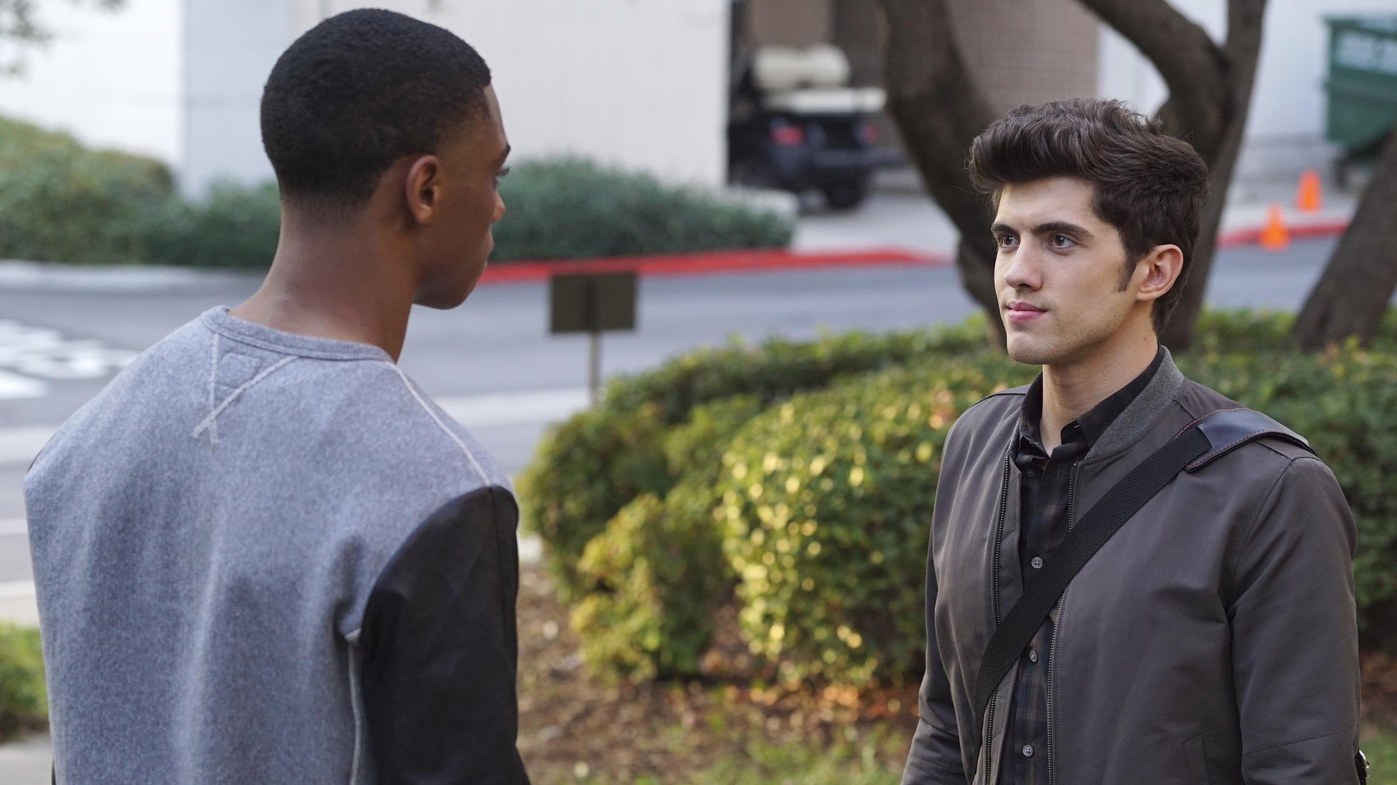 Famous in love streaming vostfr