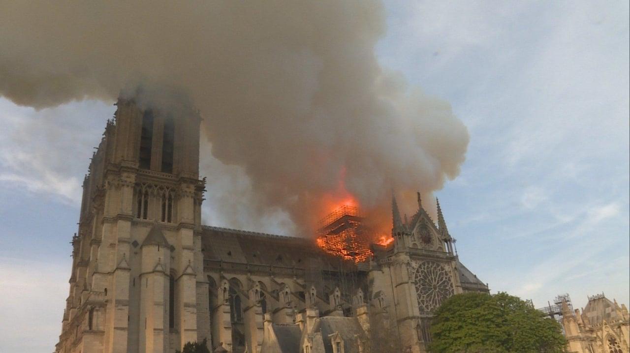 Notre-Dame : Carrera contra el infierno