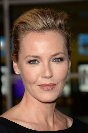 Connie Nielsen Biography