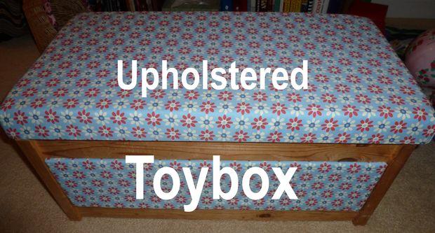 tapisser un coffre a jouets ikea