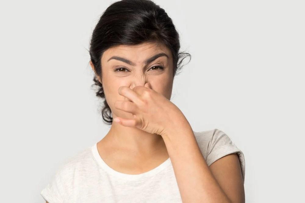 【鼻敏感癥狀】忽冷忽熱易流鼻水又鼻塞?了解鼻敏感5大致敏元兇 | UrbanLife 健康新態度