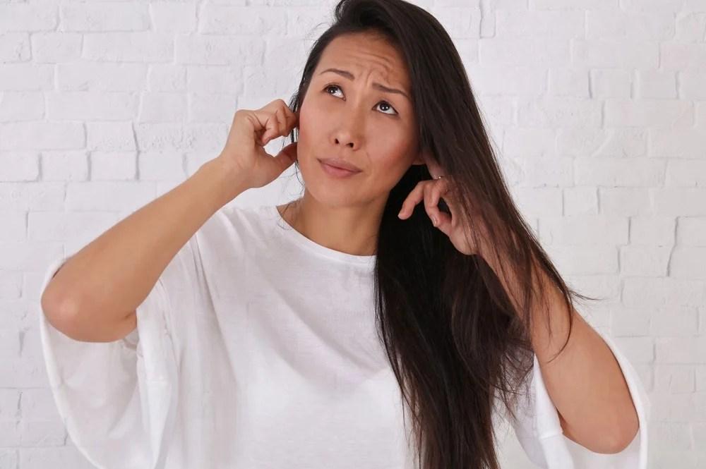 【恐音癥治療】聽到指甲刮黑板聲音感煩躁?恐音癥可影響社交生活 | UrbanLife 健康新態度