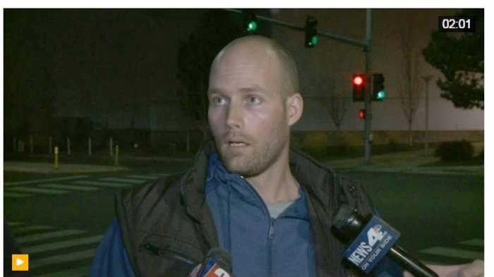 Austyn Crites, người bị cảnh sát Reno (bang Nevada) khống chế và khám xét tại buổi vận động của ông Trump ngày 5.11 /// Reuters