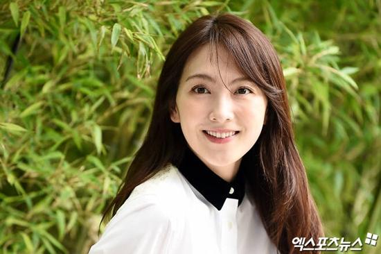 일본 소속사 강지영 사장 성희롱 … 외신 기사 충격 보도