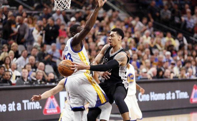 Warriors Bulls Un Rekorunu Egale Etti