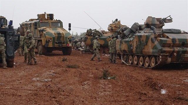 Fırat Kalkanı Harekatı'nda El-Bab'da bulunan askerlerimiz görüntülenmişti.