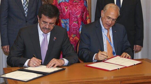 Ekonomi Bakanı Nihat Zeybekci, OECD Angel Gurria  ile Paris'te bir araya geldi