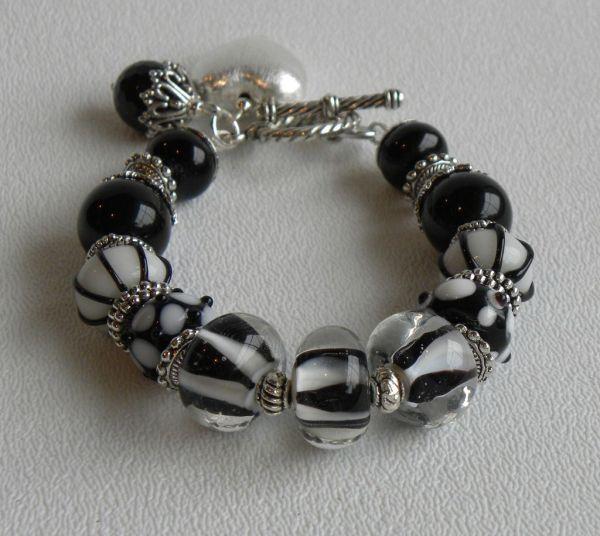 ARTISTIC HANDMADE BEADED CORAL BRACELET Bracelets Jewelry
