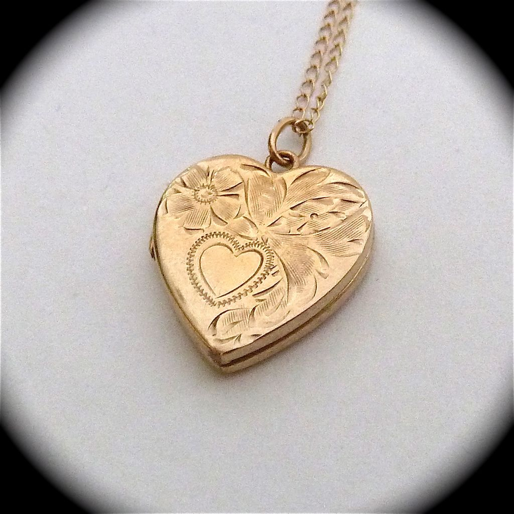Engraved 14k Yellow Gold Heart Locket & Chain Bejewelled Ruby Lane