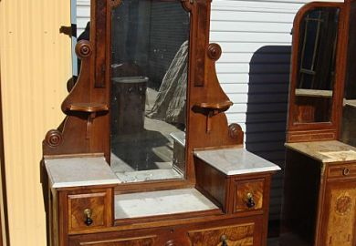 Antique Victorian Bedroom Furniture
