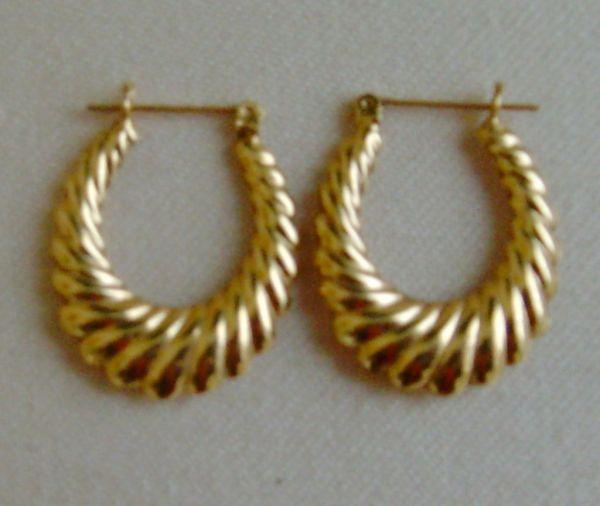 Karat Gold Reversible Oval Hoop Pierced Earrings Simplyglamour Ruby Lane