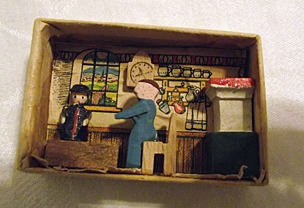 Antique National Art of Smallest Kitchen in the Matchbox