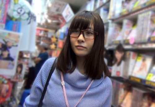 眼鏡ol經典番號 上園由里香氣質眼鏡妹鏡頭前直接破處 - 九月娛樂網