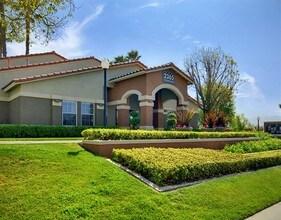 The Hills of Corona  Corona CA  Apartment Finder