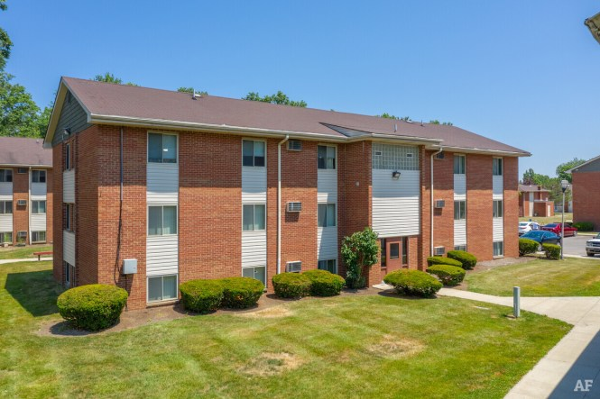 Oakwood Park Apartments Lorain Oh
