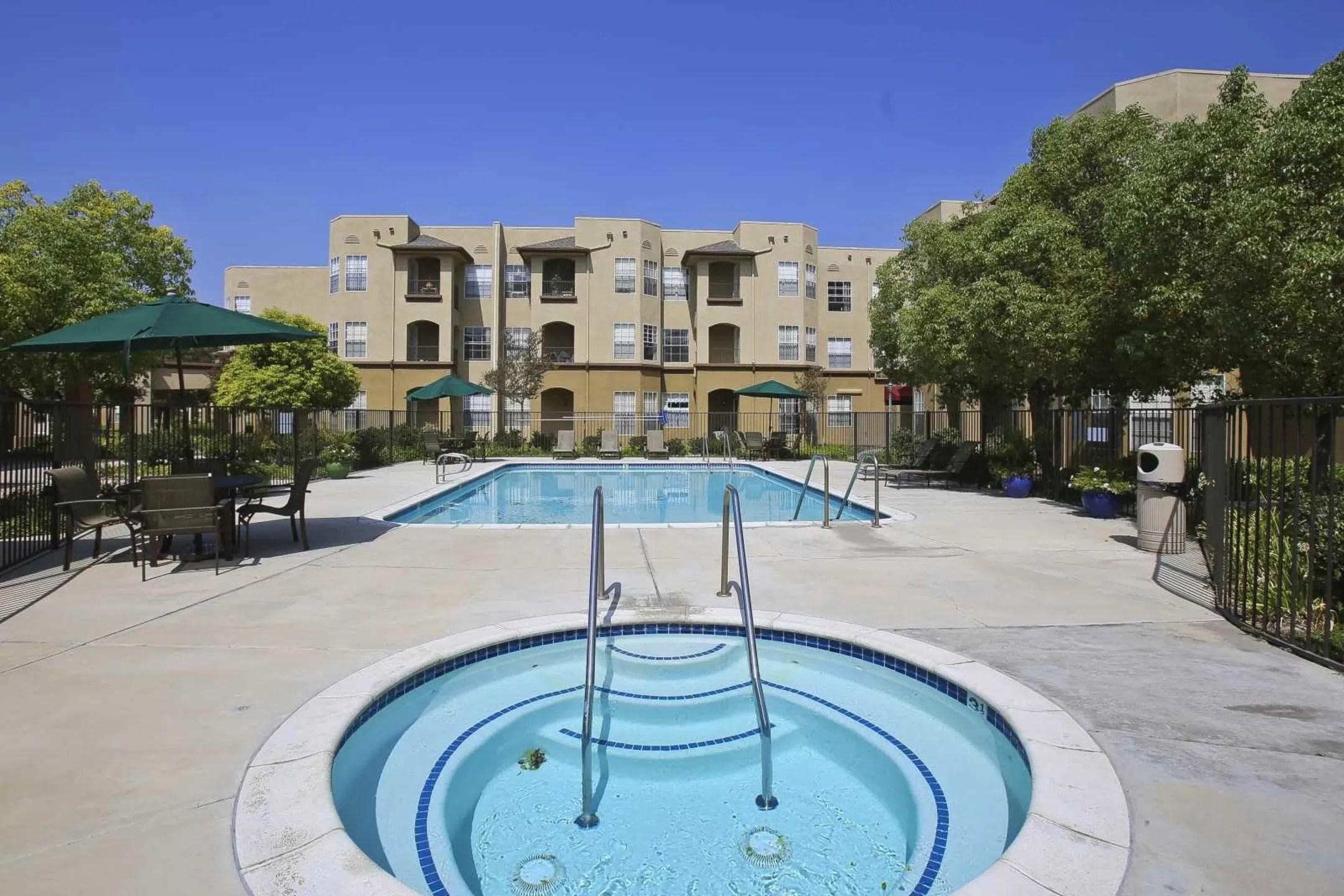 Bouquet Canyon Senior Apartments  Santa Clarita CA 91350