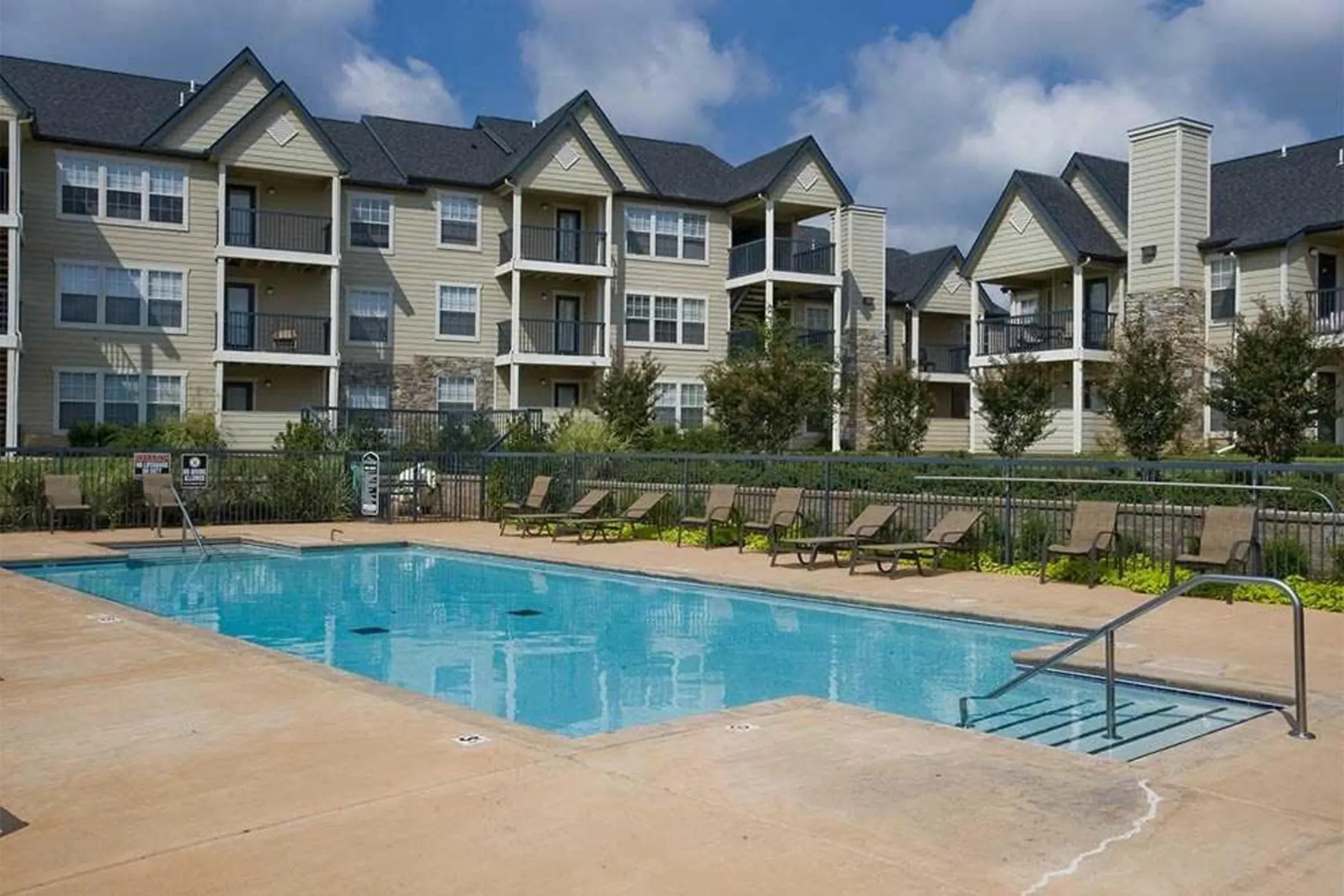 Villas At Stonebridge Apartments  Edmond OK 73013