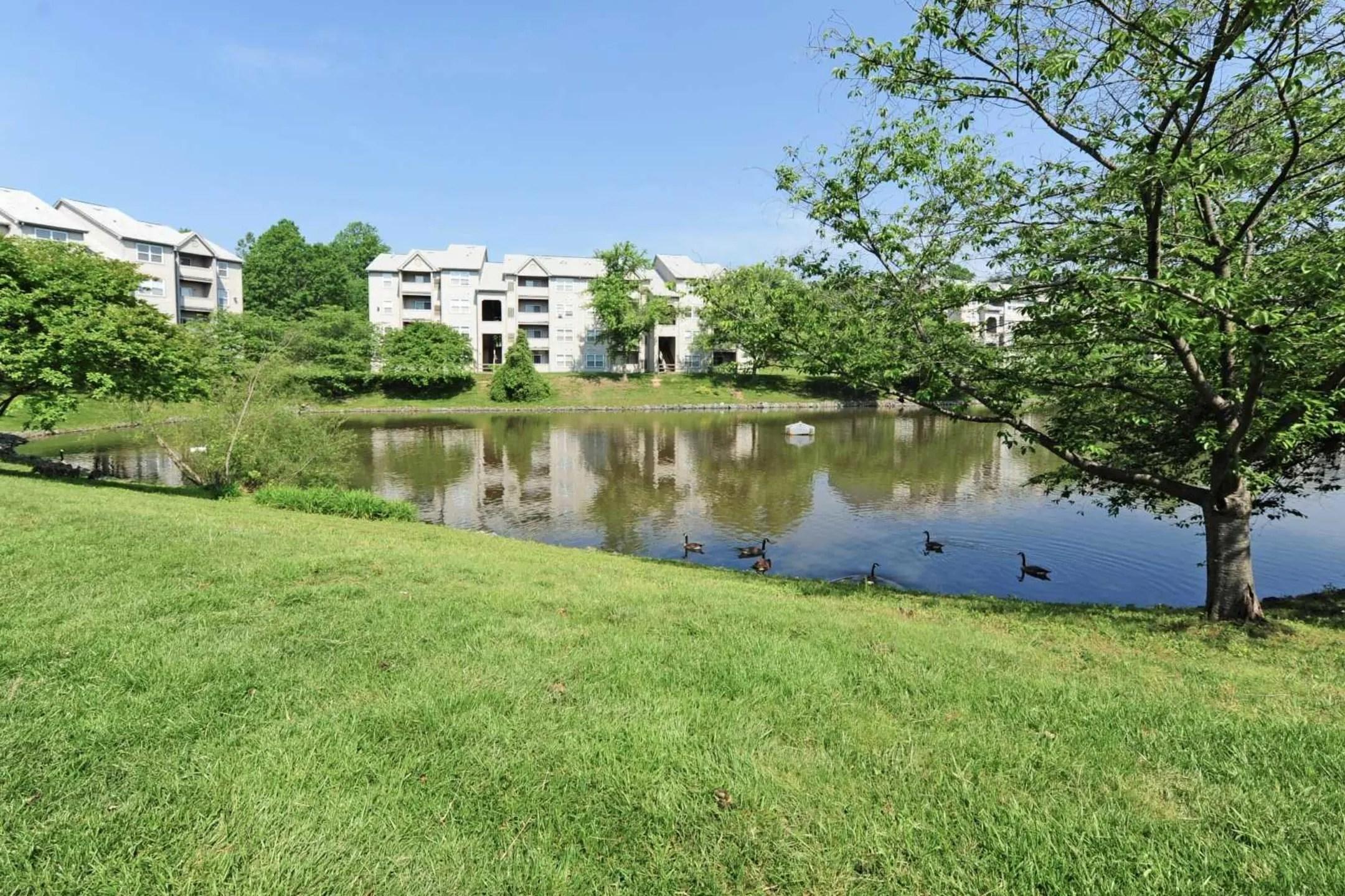 Lakewood Apartments  Stafford VA 22554