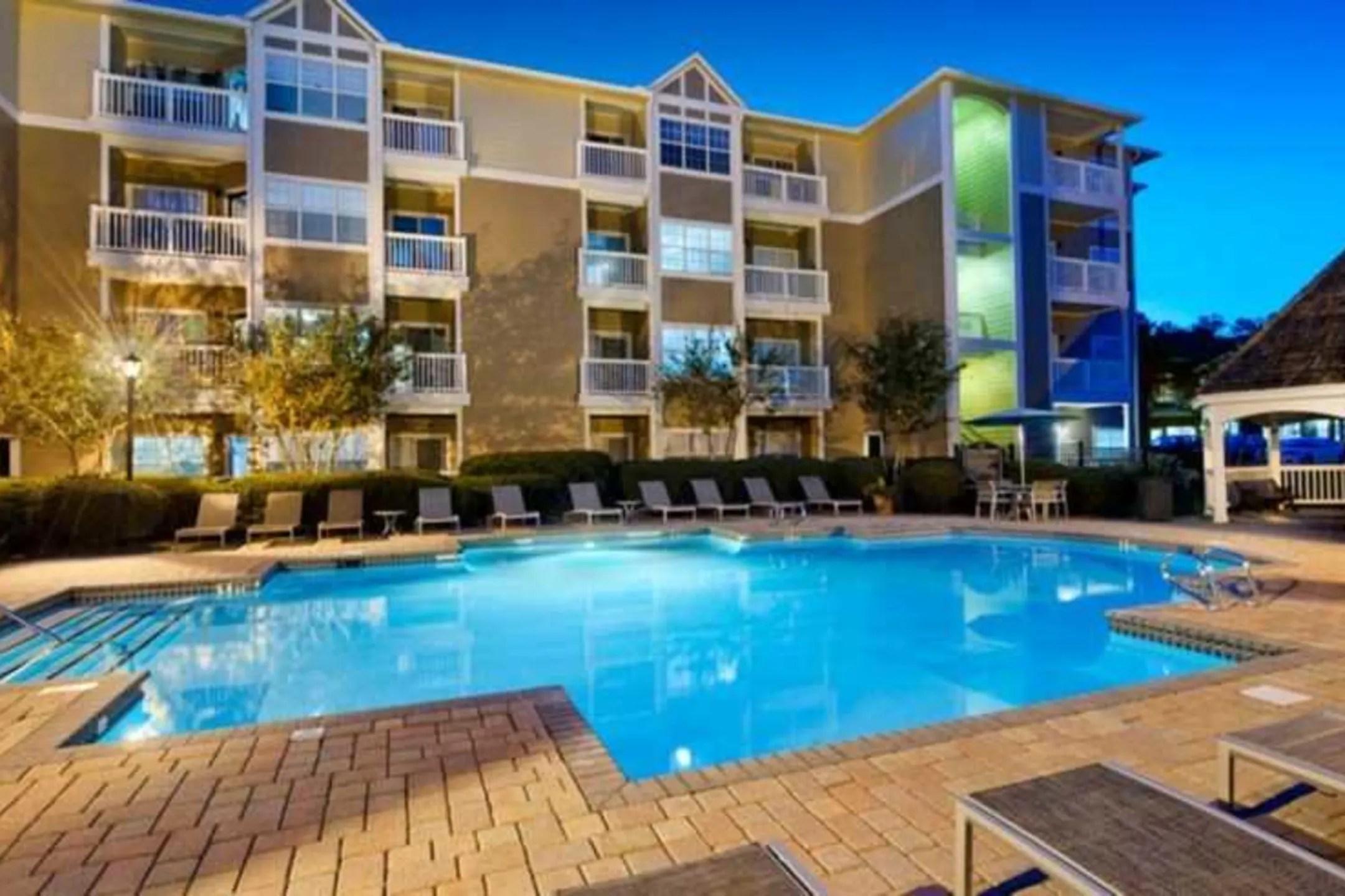 Jefferson At Perimeter Apartments  Atlanta GA 30338