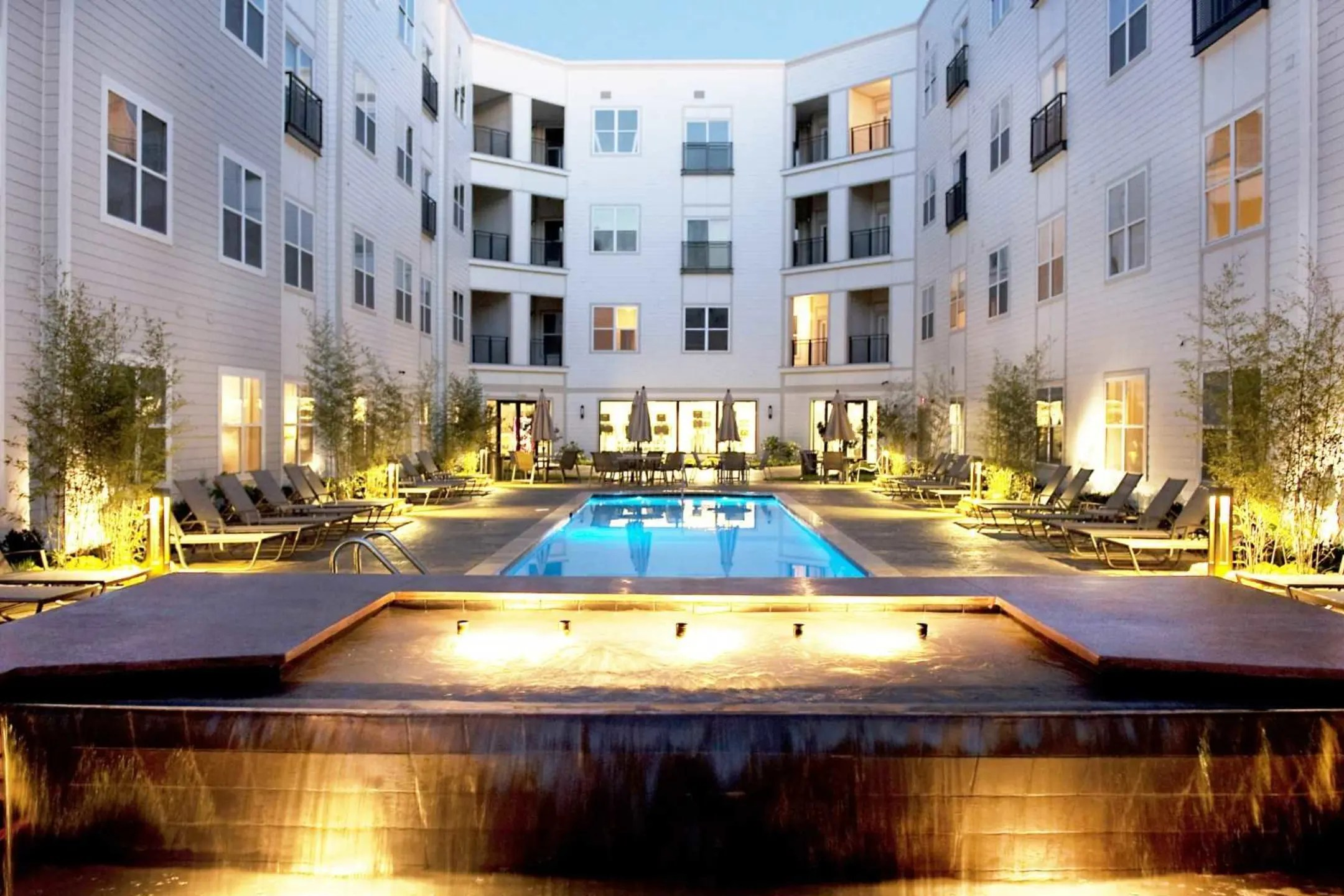 201 Twenty One Apartments  Norfolk VA 23517