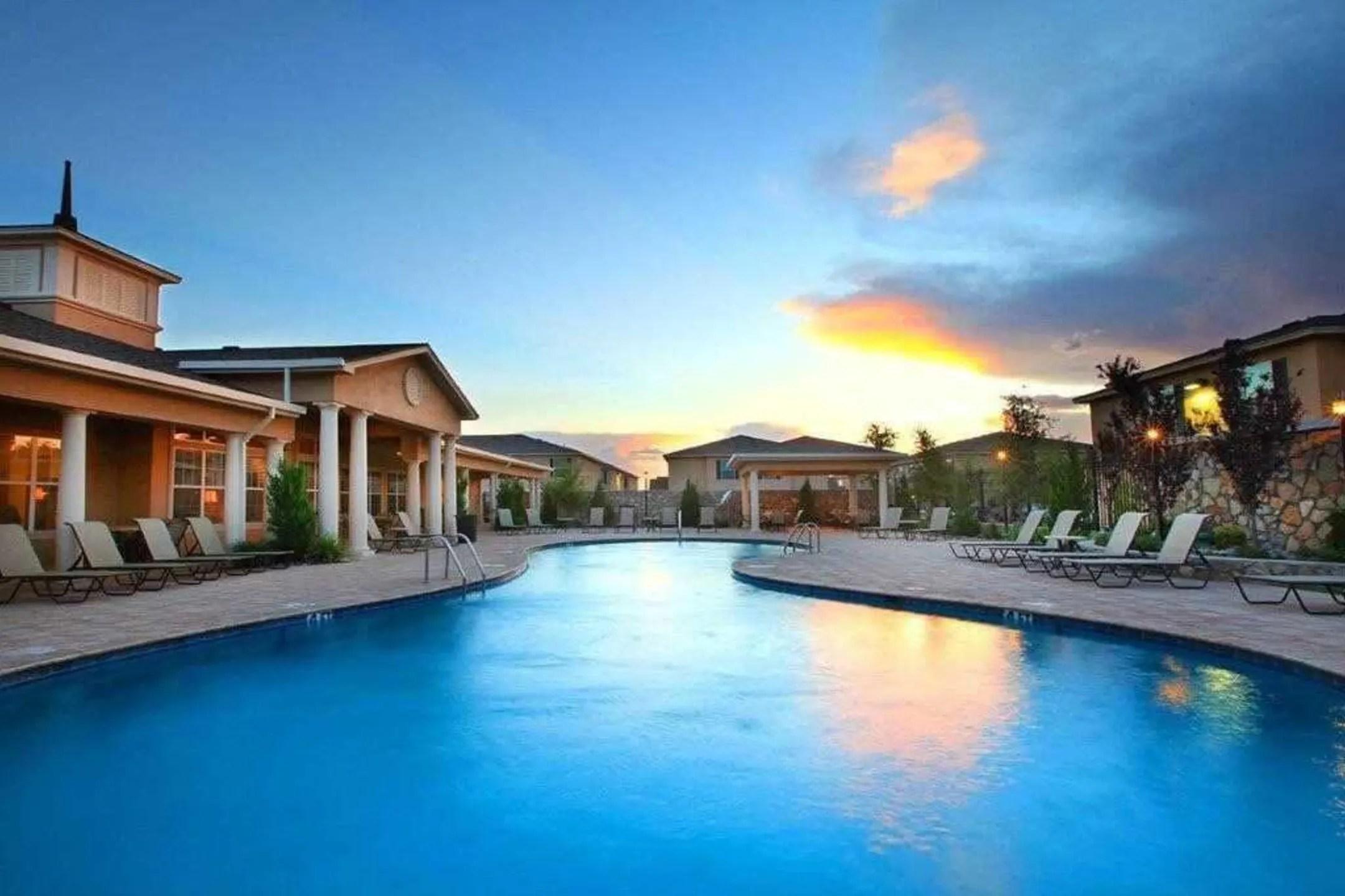 The Cottages at Edgemere Apartments  El Paso TX 79938