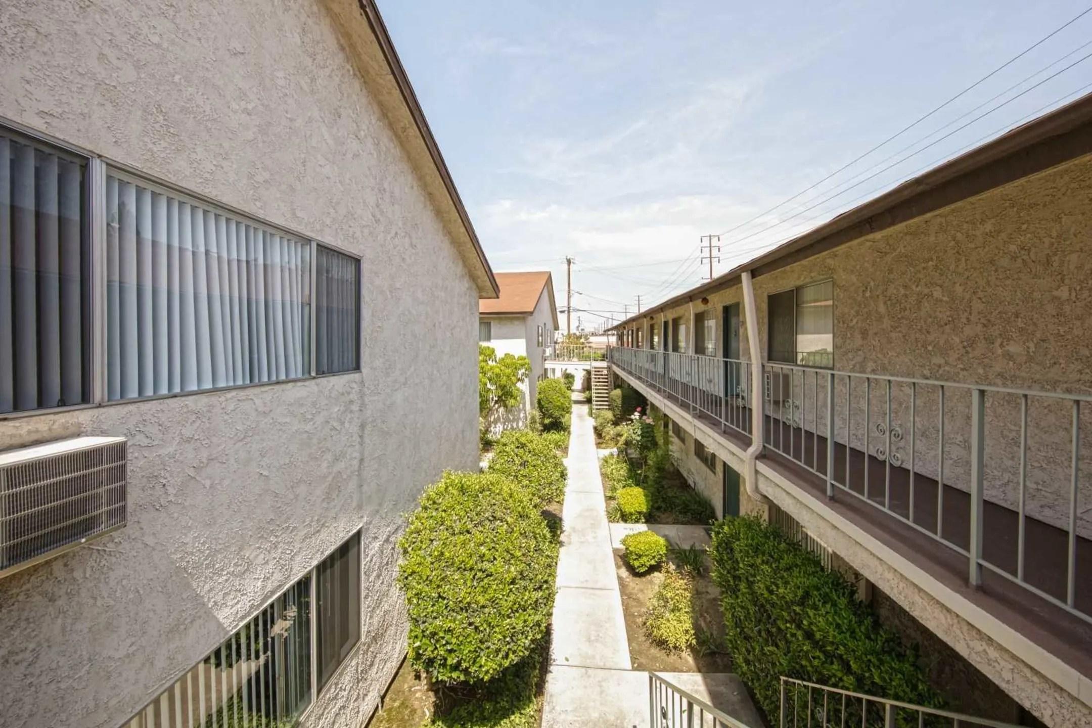 Kimberly Thor Apartments  Downey CA 90240