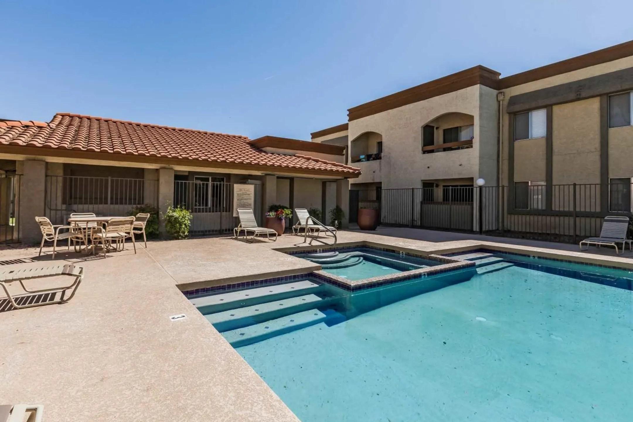 Mesa Ridge Apartments In Colorado Springs