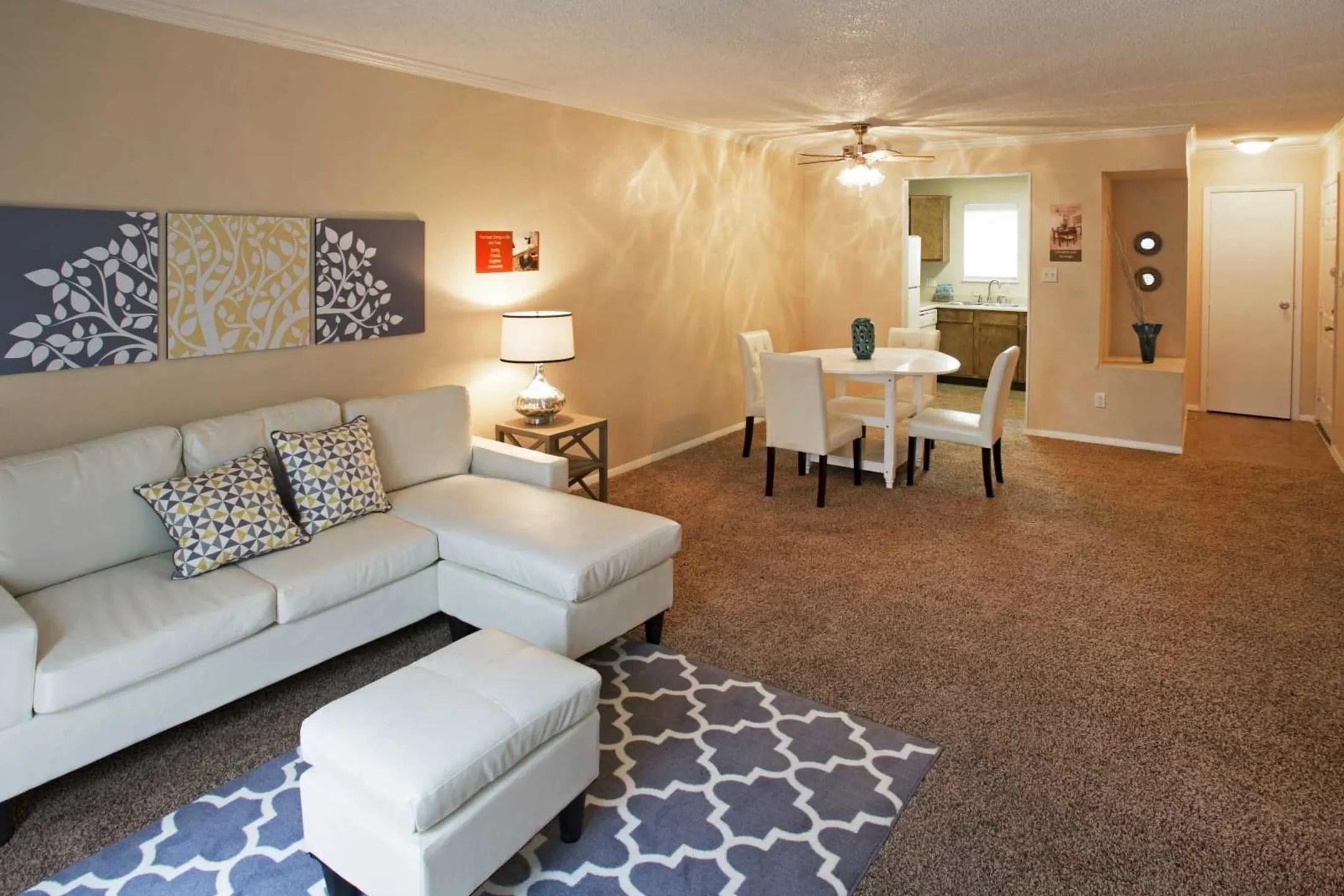 Valley Ridge Apartments  El Paso TX 79936