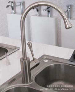wholesale kitchen faucets designs with islands 水龙头批发锌合金菜盆水龙头锌合金双联厨房龙头 行行出状元