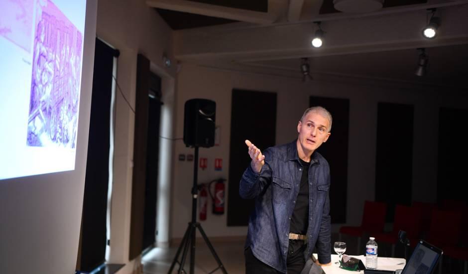 Boris Golzio Invite A Festi Bd A Moulins Signe Un Livre Sur