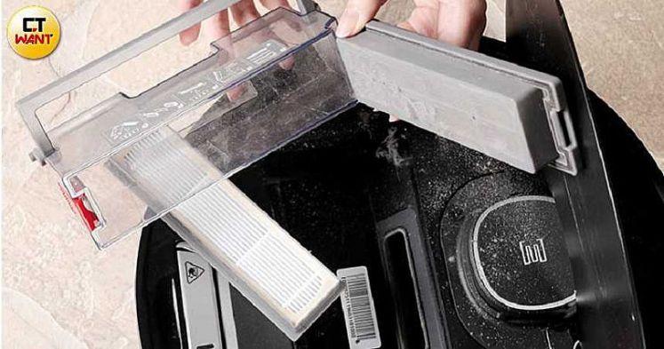 OZMO 920濾網分為三層,可過濾碎屑、灰塵和髒空氣。(圖/馬景平攝)
