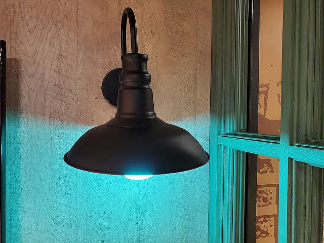 Yeelight 智慧情境彩光燈泡