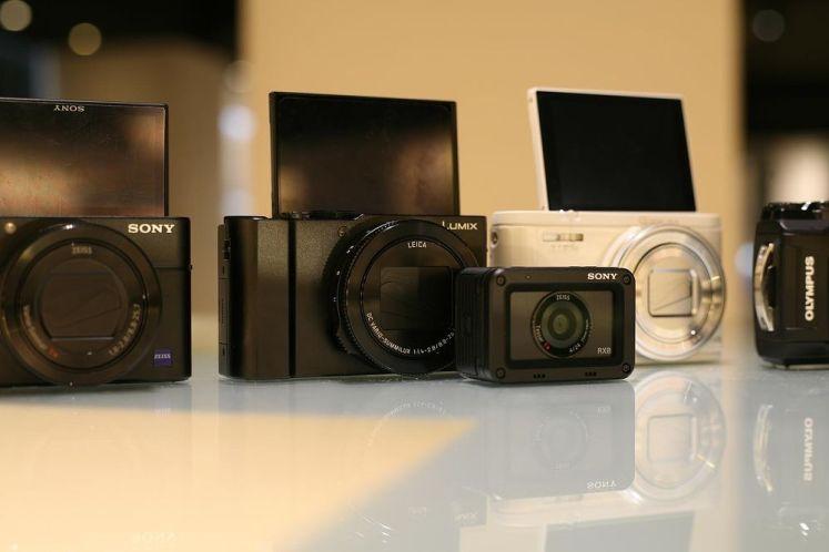 一台輕巧的相機是旅行的最佳夥伴