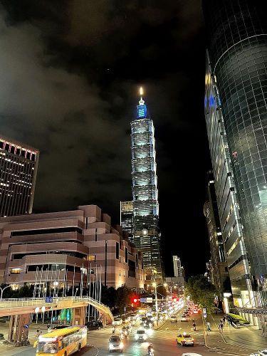 iPhone 12 Pro 夜拍實測