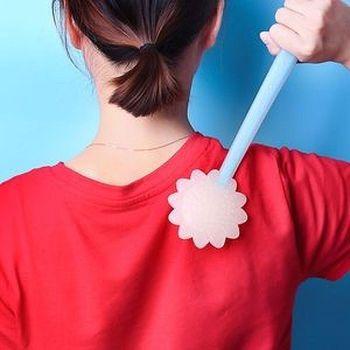 長期堅持背部按摩,達到身體保健長壽的效果