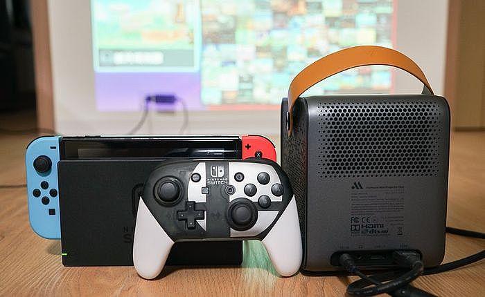 能支援PS4、Switch 或是手機投放功能