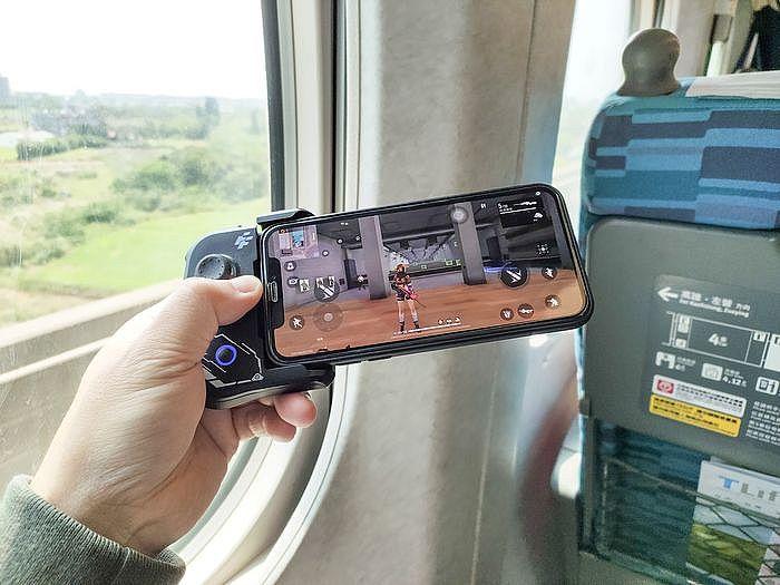 實際使用 FlashFire BT9000 手機專用遊戲控制藍牙手把