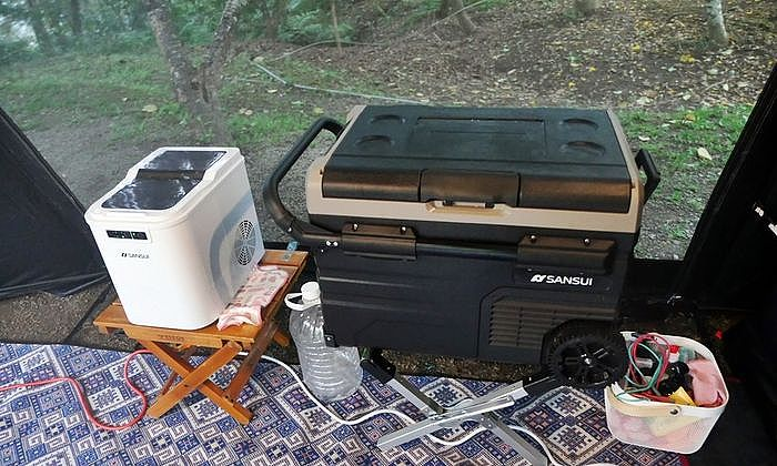 行動冰箱是不可或缺的露營裝備之一